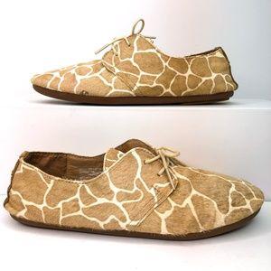 Olukai PaKele Nui Womens Size 7 Flat Oxford Shoes